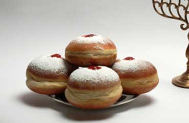 the oil hanukkah is hanukkah doughnuts jewish hanukkah doughnuts