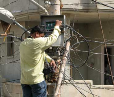 Cable Worker