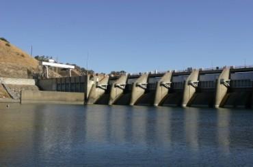 Nimbus Dam on American River