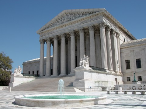 judicial review u s supreme court When it comes to legal disputes, the courts are the final deciders of what the constitution means this authority – known as judicial review – gives the supreme court and federal courts the authority to interpret the constitution.